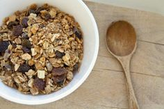 Granola's full of goodies to help you burn fat -- just watch out for its sugar content.
