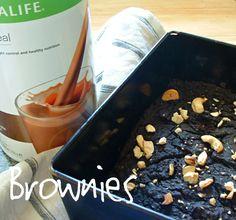 Herbalife Chocolate Brownies for Breakfast - no added sugar  Recipe: http://slinkyshakes.wordpress.com/2013/10/11/brownies-for-breakfast/