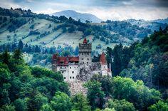Veja os 10 castelos mais assustadores do mundo
