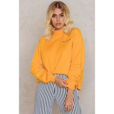 NA-KD Trend Cool Girl Sweatshirt (€30) ❤ liked on Polyvore featuring tops, hoodies, sweatshirts, orange, oversized sweatshirt, yellow sweatshirt, raw edge sweatshirt, orange top and oversized tops