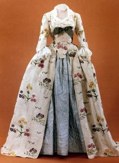 Historical fashion and costume design. 18th Century Dress, 18th Century Costume, 18th Century Clothing, 18th Century Fashion, 17th Century, Vintage Outfits, Robes Vintage, Vintage Dresses, Victorian Dresses