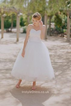Simple Strapless Tea Length Sweetheart Tull Ball Gown Wedding Dress