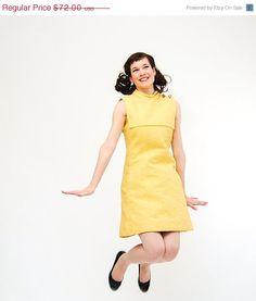SALE  Vintage 1970s MOD Dress  70s Shift Dress  by concettascloset, $54.00