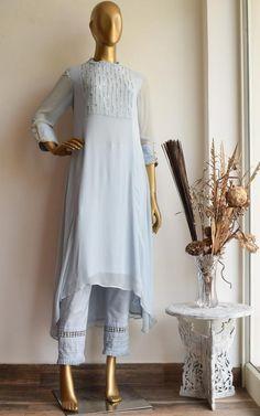 Buy Powder Blue Handwork Tunic and Pant Set Online – LabelKanupriya Stylish Dress Designs, Stylish Dresses, Indian Designer Outfits, Designer Dresses, Embroidery Suits, Embroidery Designs, Indian Embroidery, Flower Embroidery, Sleeves Designs For Dresses