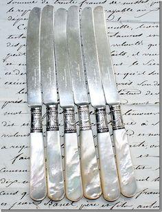 Series 12 Knives Beautiful A Shellfish Art Deco Silvered Metal Art Deco