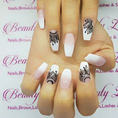 Nails Stiletto Glitter Art Designs 41 Ideas For 2019 Creative Nail Designs, Best Nail Art Designs, Creative Nails, Red Nails, Hair And Nails, Henna Nails, Henna Nail Art, Lace Nails, Mandala Nails
