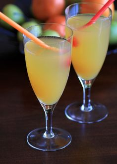 """""""This Peach Sparkler would taste great on a warm summer evening. It's a delicious blend of sparkling wine, Grand Marnier and peach nectar. Refreshing Cocktails, Fun Cocktails, Summer Drinks, Cocktail Drinks, Fun Drinks, Cocktail Recipes, Beverages, Cocktail Tables, Non Alcoholic Drinks"""