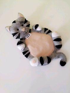 Felt Animal Patterns, Stuffed Animal Patterns, Fabric Animals, Felt Animals, Mug Rugs, Diy Gifts, Kids Toys, Sewing Crafts, Hello Kitty