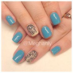Hamsa hand nails, nail art.