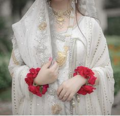 Source by sairamashhood dress Latest Bridal Dresses, Bridal Mehndi Dresses, Nikkah Dress, Shadi Dresses, Pakistani Wedding Outfits, Pakistani Dresses Casual, Bridal Dress Design, Wedding Dresses For Girls, Pakistani Wedding Dresses