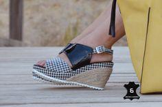 #TAMUKI #Handmade #Leather #wedge #sandals