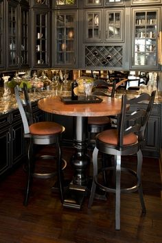 Beau Amish Oak And Cherry Furniture   Hickory Furniture Mart   Hickory, NC