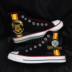 Cool Converse, Custom Converse, Converse Shoes, Hogwarts, Slytherin, Harry Potter Merchandise, Harry Potter Outfits, Converse Trainers, Disney Shoes
