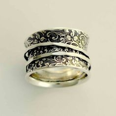Silver Wedding Band Sterling Silver Band Spinners door artisanlook, $122.00