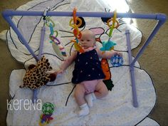 DIY baby gym... I should totally just use some pipeworks...