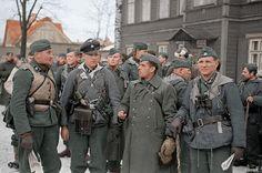 Soldiers of 20. Waffen-Grenadier-Division der SS (estonian No. 1)