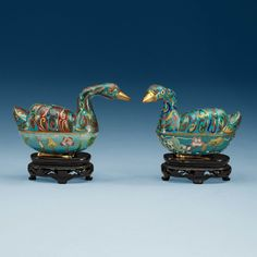 *Two Cloisonné tureens with cover, Qing dynasty, ca 1800