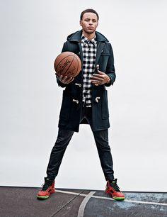 Golden State Warriors point guard Stephen Curry reveals his secret NBA training methods for better ball-handling. Hint: They involve a tennis ball and.a chair? What To Wear Today, How To Wear, Nba Stephen Curry, Curry Nba, Basketball Workouts, Curry Basketball, Basketball Drills, Basketball Jersey, Basketball Players