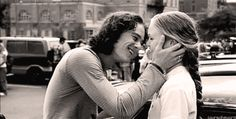Heath Ledger (Patrick Verona) & Julia Stiles (Kat Stratford) - 10 Things I Hate About You Romantic Couple Quotes, Romantic Couples, Cute Couples, Movies Showing, Movies And Tv Shows, Dirty Dancing, Film Serie, Mean Girls, Series Movies