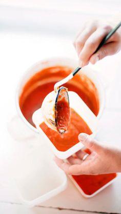 Tomaattikastike - katso ohje ja tee itse! | Meillä kotona My Cookbook, Bolognese, Food Styling, Preserves, Panna Cotta, Eat, Cooking, Ethnic Recipes, Pizza