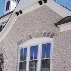 Exterior Acme Alpine Brick With Blanco Chopped Stone