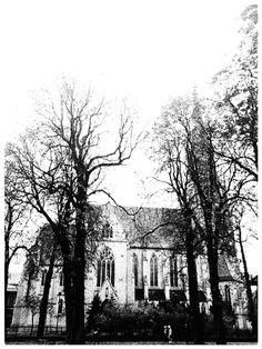 #Katowice, kościół Mariacki #townhouse #kamienice #slkamienice #silesia #śląsk #properties #investing #nieruchomości #mieszkania #flat #sprzedaz #wynajem Abstract, Artwork, Summary, Work Of Art, Auguste Rodin Artwork, Artworks, Illustrators