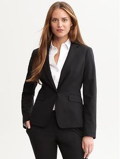 fabric & care  95% Wool, 5% Spandex.  Dry clean.  Imported.  overview  A shorter length and fitted silhouette adds a modern feel to our lightweight wool blazer.  Long sleeves. Notched lapel.  One-button closure. Two exterior pockets.  One-button cuffs. Double back vent.  Fully lined.  fit & sizing  Hits at the hip.