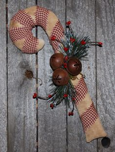 Christmas Handmade Goods - Primitive Handmade Crafts and Home Decor by Old Annie Primitive Christmas Decorating, Primitive Country Christmas, Prim Christmas, Christmas Sewing, Primitive Crafts, Handmade Christmas, Vintage Christmas, Christmas Holidays, Christmas Decorations