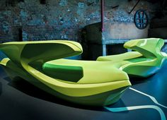 Sofa Zephyr // Zaha Hadid // Cassina Contract
