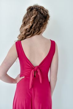 The Gelique Lilly-Ann Dress is a beautiful dress with a round neckline. This stunning Lilly-Ann dress has a beautiful tie back. Suitable for all figures. Tie Backs, Dress Backs, Every Woman, Dress Making, Designer Dresses, Beautiful Dresses, Ann, Bridesmaid Dresses, Neckline