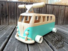 Woodworking Workshop, Woodworking Ideas, Vw Bus, Mini Bici, Man Cave Furniture, Diy Furniture Easy, Wooden Baby Toys, Childcare, Wood Projects