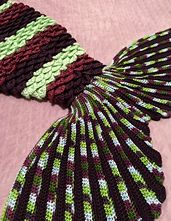 Crochet Patterns Mermaid Ravelry: Angel Wing Mermaid Fin pattern by Mad Fruit Crochet Afghans, Crochet Blanket Patterns, Crochet Stitches, Knitting Patterns, Crochet Blankets, Crochet Mermaid Blanket, Crochet Mermaid Tail, Mermaid Fin, Mermaid Blankets