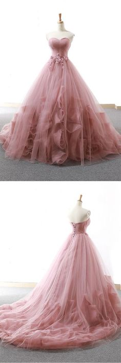 Pink sweetheart tulle long prom gown, tulle evening dress Source by mayawolfsblut dresses ideas Pink Prom Dresses, Long Prom Gowns, Quinceanera Dresses, Pretty Dresses, Pink Dress, Bridal Dresses, Beautiful Dresses, Formal Dresses, Pink Evening Gowns