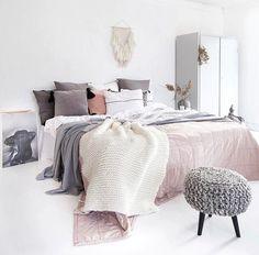 10 ways to create a cozy bedroom decorate bedroom, home deco Home Bedroom, Bedroom Decor, Bedroom Ideas, Dream Bedroom, Bedroom Designs, Bedroom 2017, Wooden Bedroom, Bedroom Black, Bedroom Carpet