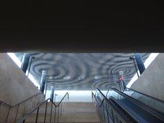 Catarina Almada Negreiros e Rita Almada Negreiros   Lisboa   Terreiro do Paço   Estação Fluvial Sul e Sueste   2011 [© Inês Leitão] #Azulejo #AzulejoDoMês #AzulejoOfTheMonth #Água #Water #CatarinaAlmadaNegreiros #RitaAlmadaNegreiros #Lisboa #Lisbon