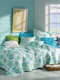 Chatalet Teal Quilt Collection