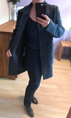Moje Nadčasový vlněný kabát Liu Jo od Liu Jo! Velikost 40 / 12 / M za2 690 Kč. Mrkni na to: http://www.vinted.cz/damske-obleceni/zimni-kabaty/19942385-nadcasovy-vlneny-kabat-liu-jo.