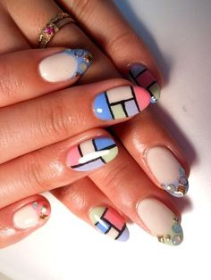 Dress Up Your Nails With Geometric Patterns | Nail Design