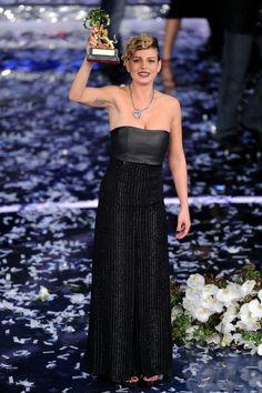 Emma Marrone winner of the 62th Sanremo Song Festival shows her... Foto di attualità 139291693