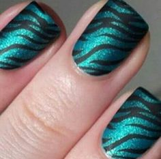 Blue Zebra Print Nails