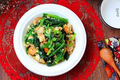 Today, I will share a recipe of cold seafood. This dish is refreshing and not greasy. It is a small cold dish that is very suitable for wine. How To Make Scallops, Frozen Scallops, Healthy Chinese Recipes, Cold Dishes, Large Bowl, Balsamic Vinegar, Seaweed Salad, Chinese Food, Food Print
