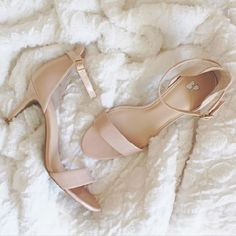 The best nude heel for 1/2 the price of #stevemadden #stecy heels! http://rstyle.me/~5YO7B