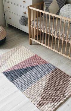 Thick Grey Carpet - Carpet Design Home - - Fur Carpet, Plush Carpet, Rugs On Carpet, Berber Carpet, Crochet Baby, Knit Crochet, Crochet Carpet, Crochet Rug Patterns, Magazine Crafts