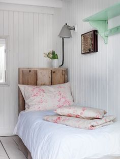 Stupefying Useful Ideas: Coastal Bedding Structube coastal cottage office. Coastal Bedding, Coastal Bedrooms, Coastal Homes, Coastal Living, Coastal Decor, Cottage Bedrooms, Modern Coastal, Coastal Style, White Coastal Kitchen