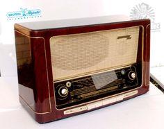 Grundig 5040W Restored  Antique Tube Radio   Made in Germany 1954   Powerful EL12 Amp