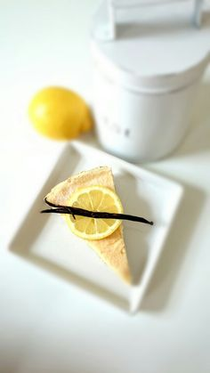 Low-Carb Lemon Tart #desserts #diet #recipe #lowcarb #fitness #health #healthyfood #tart #lemon #lemontart