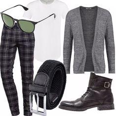 Pantalone slim a quadri, indossato con tshirt bianca basic ed un cardigan grigio da portare aperto. Cinta in tessuto e scarponcino con stringhe molto casual ma assolutamente alla moda.