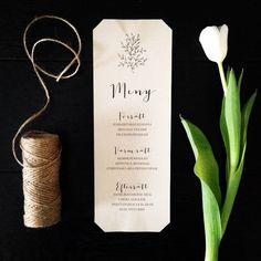 Att följa upp inbjudan med matchande meny, festprogram, placeringskort mm förhöjer hela upplevelsen av bröllopet. Lovelyprints fixar givetvis alla trycksaker som kan tänkas behövas.