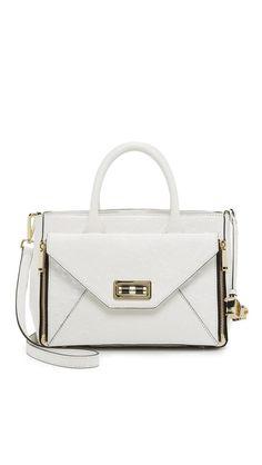 440 Gallery Secret Agent Tote http://picvpic.com/women-bags-across-body-bags/440-gallery-secret-agent-tote-bbdd86ab-c744-4253-88eb-526a273a419c#Optic~White?ref=24nEyh