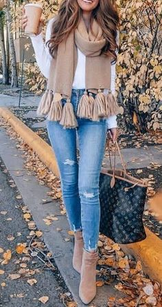 Spring Skirt Outfits Classy You Need To Re-Create This Season - Winter Outfits Summer Work Outfits, Winter Outfits Women, Casual Fall Outfits, Classy Outfits, Women's Casual, Autumn Outfits, Stylish Outfits, Winter Clothes For Women, Winter Party Outfits